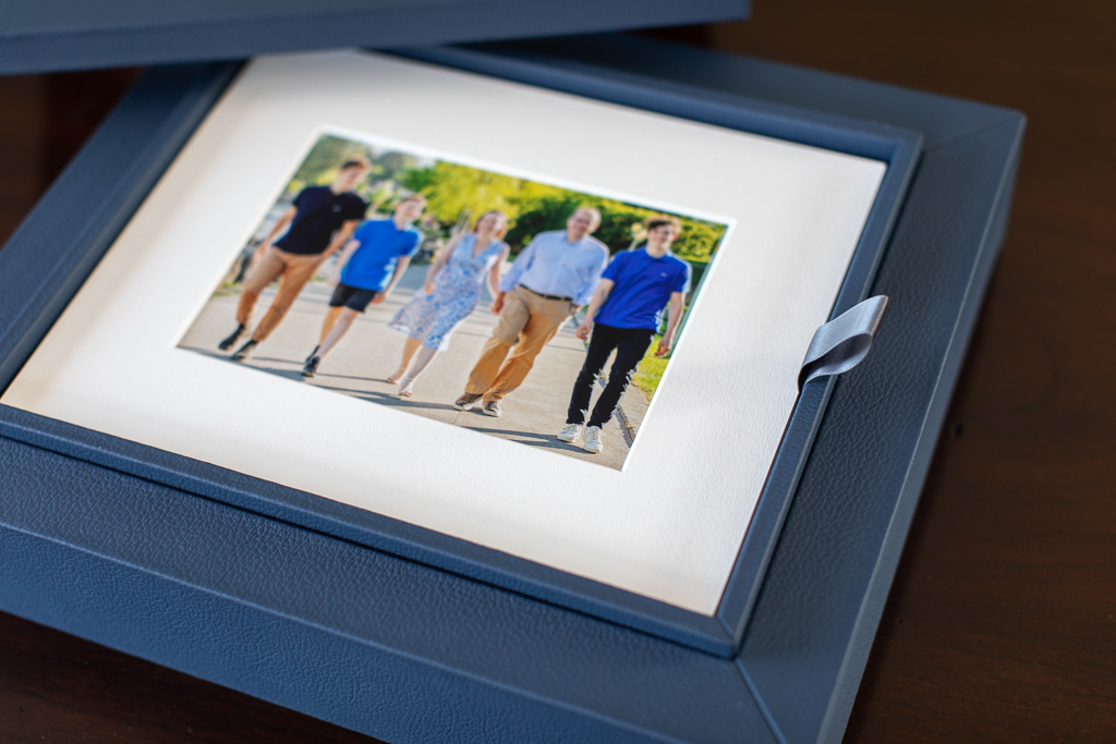 detail of reveal box of family pictures photo products